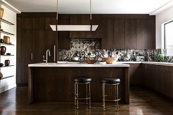 طراحی داخلی آشپزخانه مدرن و کلاسیک انگلیسی