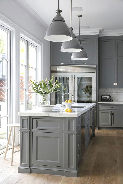 دکوراسیون داخلی آشپزخانه : آشپزخانه با کابینت های خاکستری